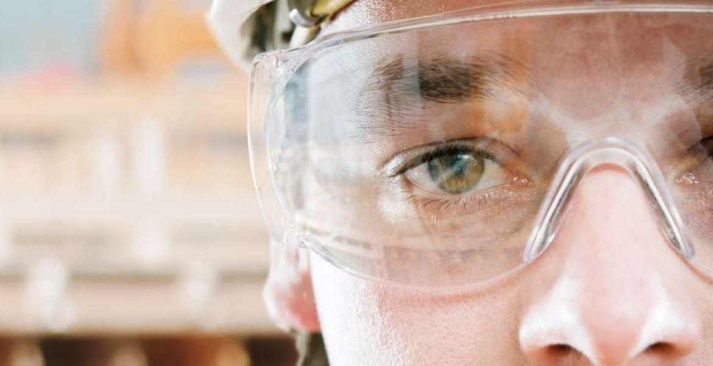 Do Safety Glasses Damage Your Eyesight?